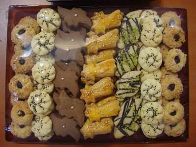 خرید شیرینی های عید